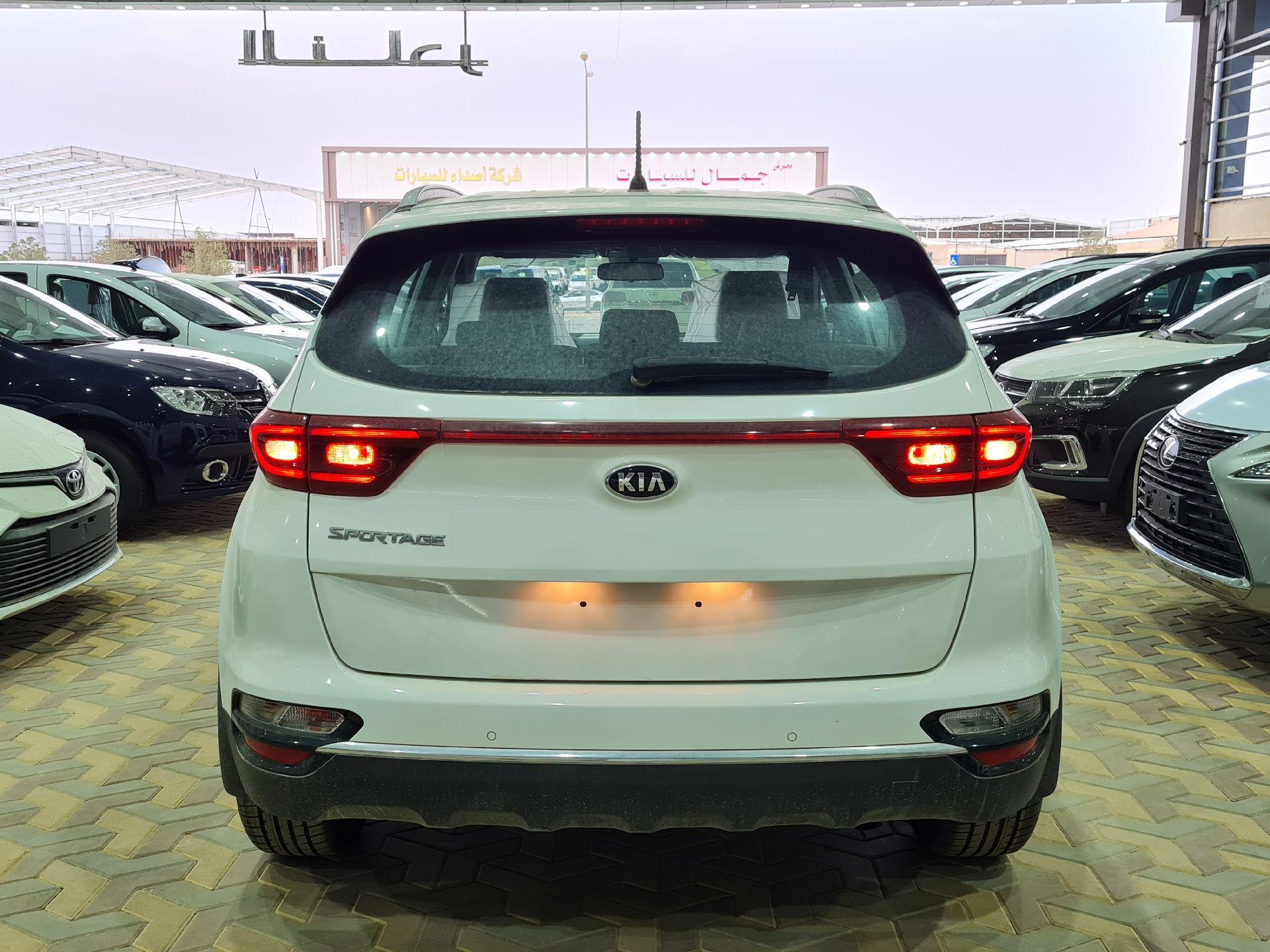 كيا سبورتاج 2020 ستاندر سعودي جديد للبيع في الرياض - السعودية - صورة كبيرة - 5