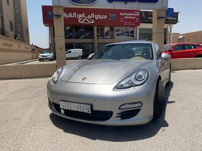 سيارة بورش باناميرا 2011 سعودي فل للبيع
