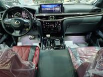 لكزس LX 570 Black Ed. فل  2021 دبل سعودي جديد للبيع في الرياض - السعودية - صورة صغيرة - 12