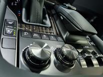 لكزس LX 570 Black Ed. فل  2021 دبل سعودي جديد للبيع في الرياض - السعودية - صورة صغيرة - 16