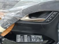 لكزس LX 570 Black Ed. 2021 فل سعودي للبيع في الرياض - السعودية - صورة صغيرة - 7