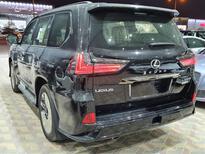 لكزس LX 570 Black Ed.فل 2021 دبل خليجي جديد للبيع في الرياض - السعودية - صورة صغيرة - 3