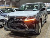 لكزس LX 570 Black Ed.فل 2021 دبل خليجي جديد للبيع في الرياض - السعودية - صورة صغيرة - 1