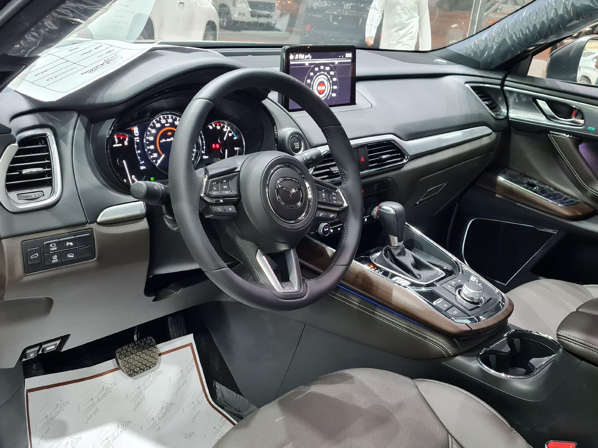 مازدا CX9 فل 2020 سجنتشر دبل خليجي جديد للبيع في الرياض - السعودية - صورة كبيرة - 8