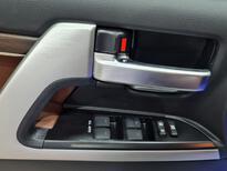 تويوتا لاندكروزر VXR فل  2021 دبل بريمي جديد للبيع في الرياض - السعودية - صورة صغيرة - 8