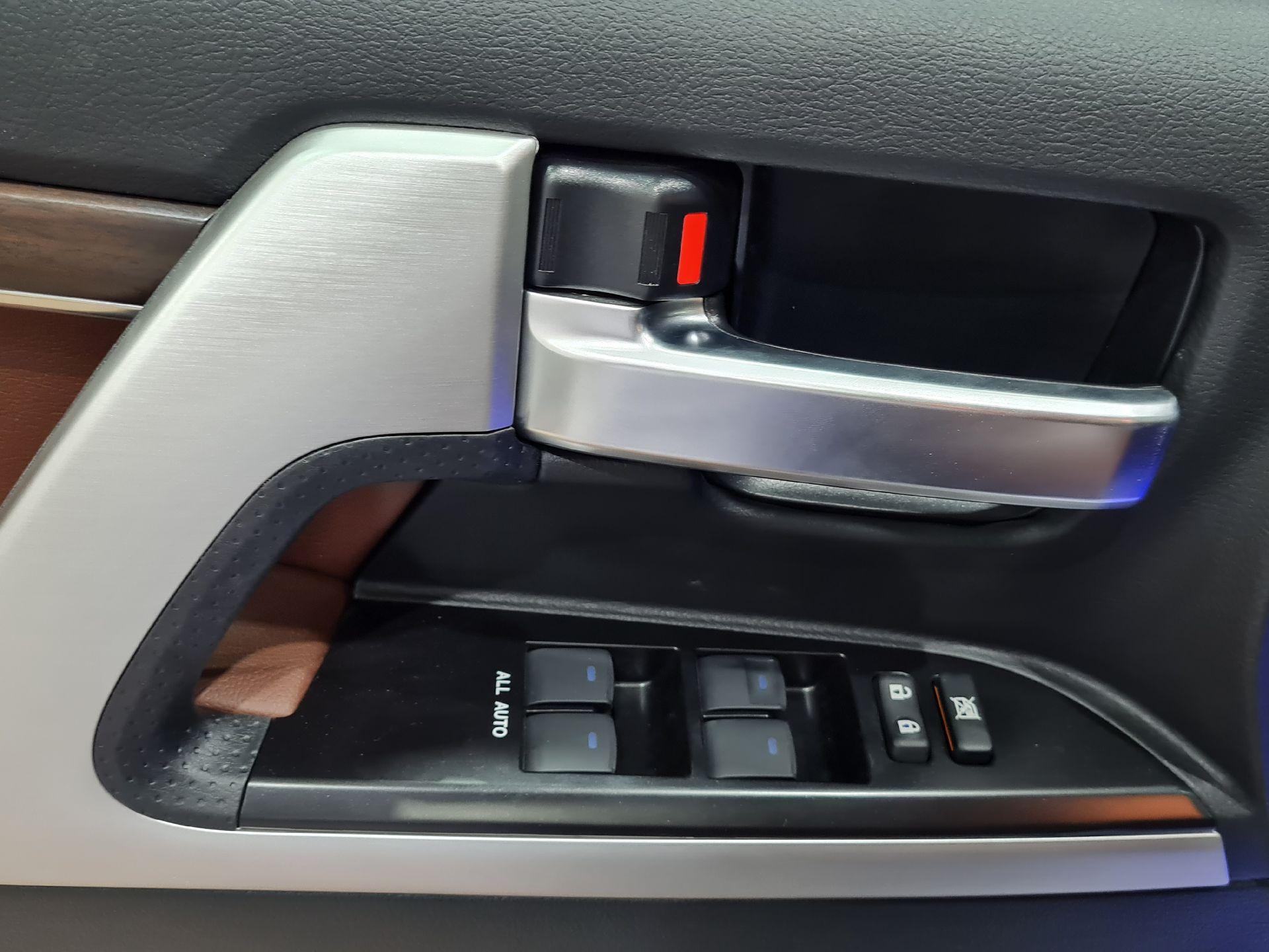 تويوتا لاندكروزر VXR فل  2021 دبل بريمي جديد للبيع في الرياض - السعودية - صورة كبيرة - 8