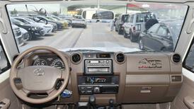 تويوتا ربع  2021  عادي بنزين بوليسي خليجي  للبيع في الرياض - السعودية - صورة صغيرة - 8