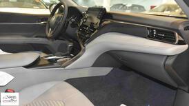 تويوتا كامري 2021 SE  (سلندر 4 ) سعودي جديد للبيع في الرياض - السعودية - صورة صغيرة - 5