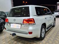 تويوتا لاندكروزر VXR خليجي 2021 فل للبيع في الرياض - السعودية - صورة صغيرة - 5