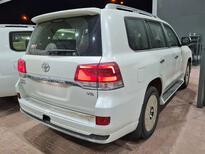 تويوتا لاندكروزر GXR قراند تورنج 2021 فل سعودي للبيع في الرياض - السعودية - صورة صغيرة - 3