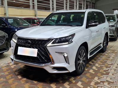 سيارة لكزس LX 570-S Sport خليجي 2020 فل  للبيع