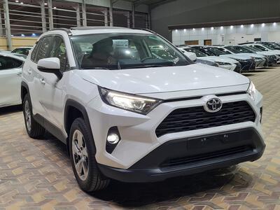 سيارة تويوتا راف فور Limited فل  2021 دبل سعودي جديد للبيع