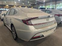 مباع - هونداي سوناتا Smart Plus نص فل 2021  سعودي جديد للبيع في جدة - السعودية - صورة صغيرة - 3