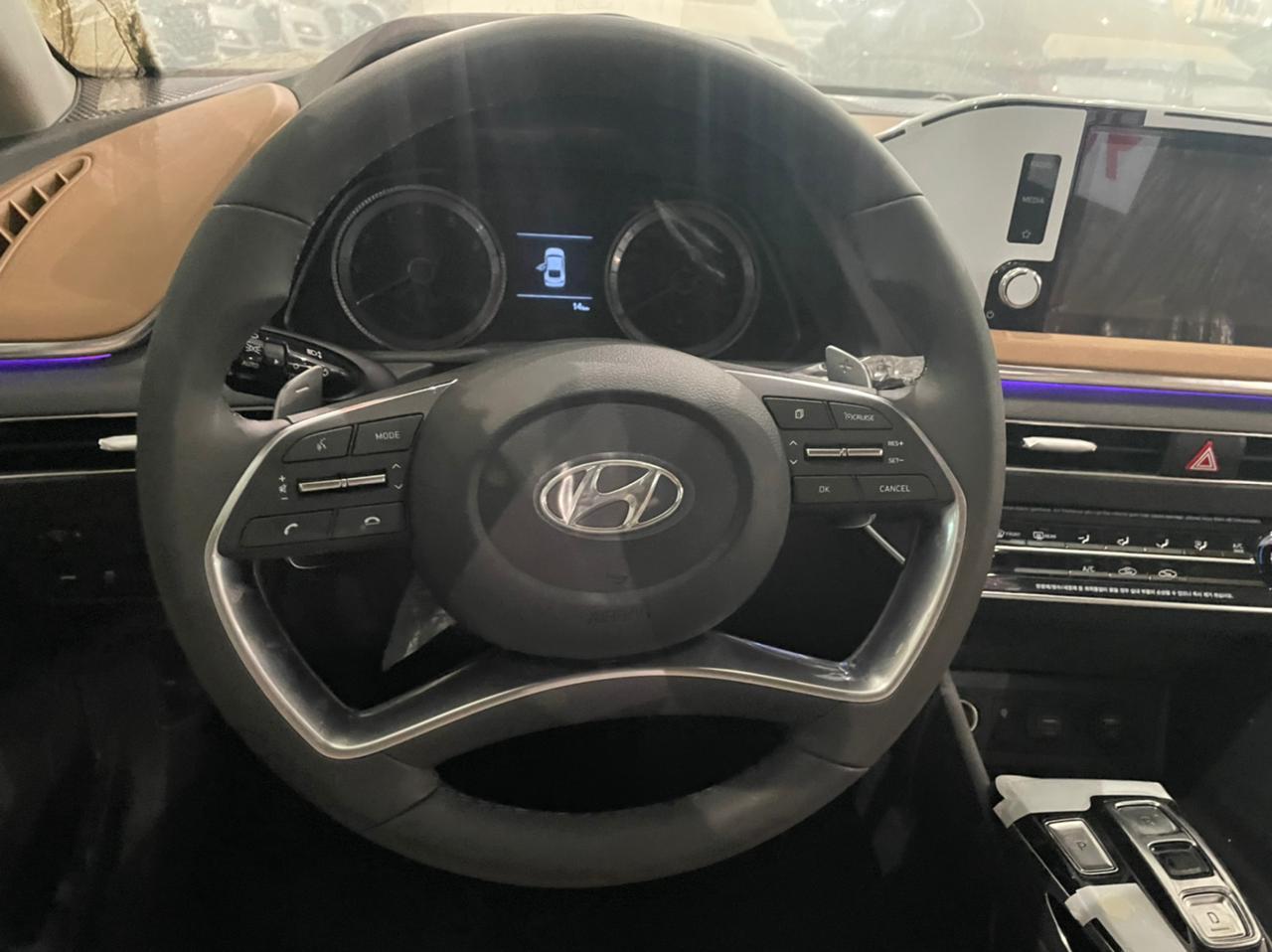 مباع - هونداي سوناتا Smart Plus نص فل 2021  سعودي جديد للبيع في جدة - السعودية - صورة كبيرة - 15