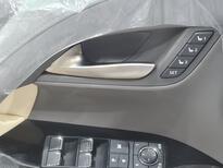 لكزس LX 570-S Sport خليجي 2021 فل للبيع في الرياض - السعودية - صورة صغيرة - 10