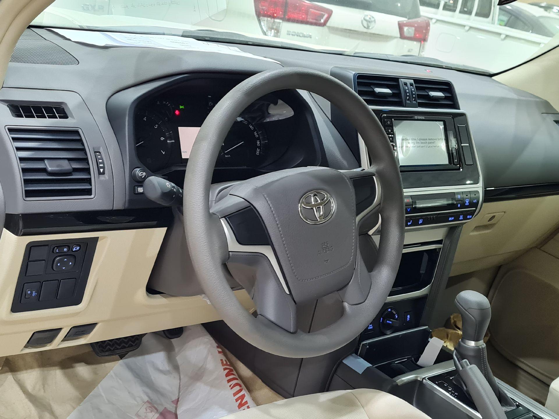 تويوتا برادو TX ستاندر 2021 دبل سعودي جديد للبيع في الرياض - السعودية - صورة كبيرة - 10