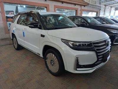 سيارة شانجان CS95 Royal فل 2022 دبل 4WD سعودي جديد للبيع