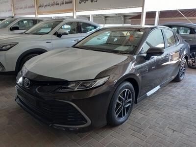 سيارة تويوتا كامري LE جنوط  2021 سعودي جديد للبيع
