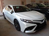تويوتا كامري SE V6 فل 2021 سعودي جديد للبيع في الدمام - السعودية - صورة صغيرة - 1
