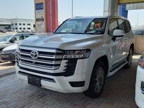 تويوتا لاندكروزر GXR3 فل  2022 دبل سعودي جديد للبيع في الدمام - السعودية - صورة صغيرة - 4