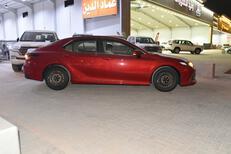 تويوتا كامري  2021  طيس LE سعودي جديد للبيع في الرياض - السعودية - صورة صغيرة - 4