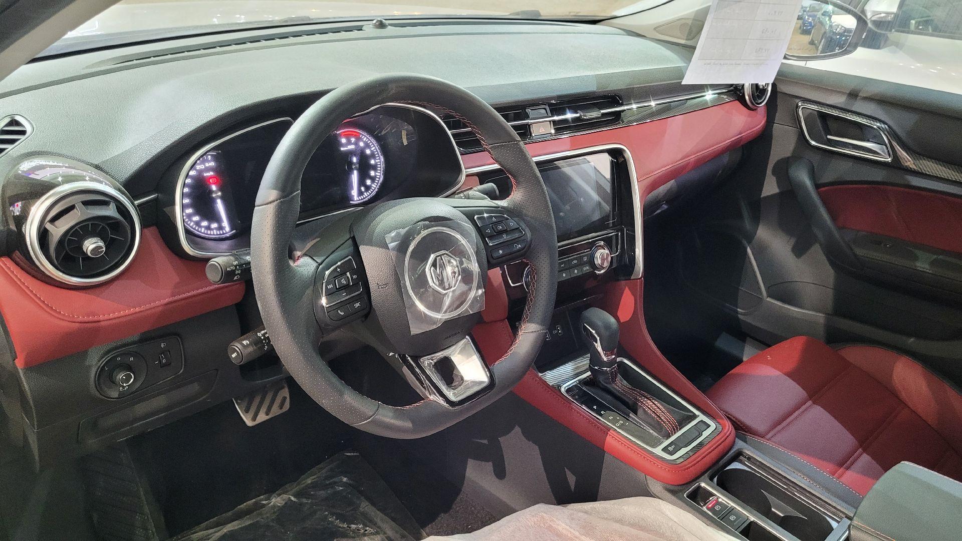 مباع - MG 6فل  LUX سعودي 2021 جديد للبيع في الرياض - السعودية - صورة كبيرة - 13