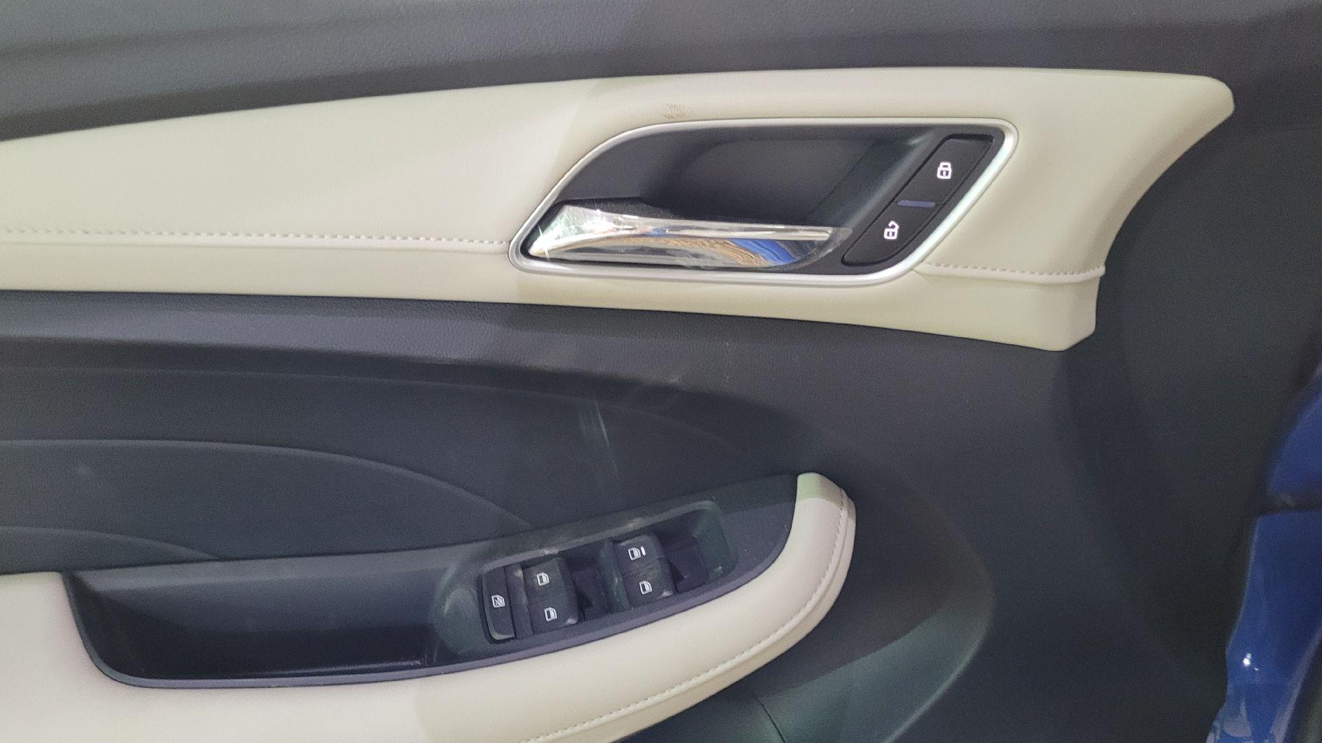 مباع - MG 5 ستاندر STD سعودي 2021 جديد للبيع في الرياض - السعودية - صورة كبيرة - 10