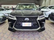 لكزس LX 570-S Sport خليجي 2020 فل للبيع في الرياض - السعودية - صورة صغيرة - 6