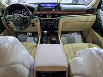 لكزس LX 570-S Sport خليجي 2020 فل للبيع في الرياض - السعودية - صورة صغيرة - 13