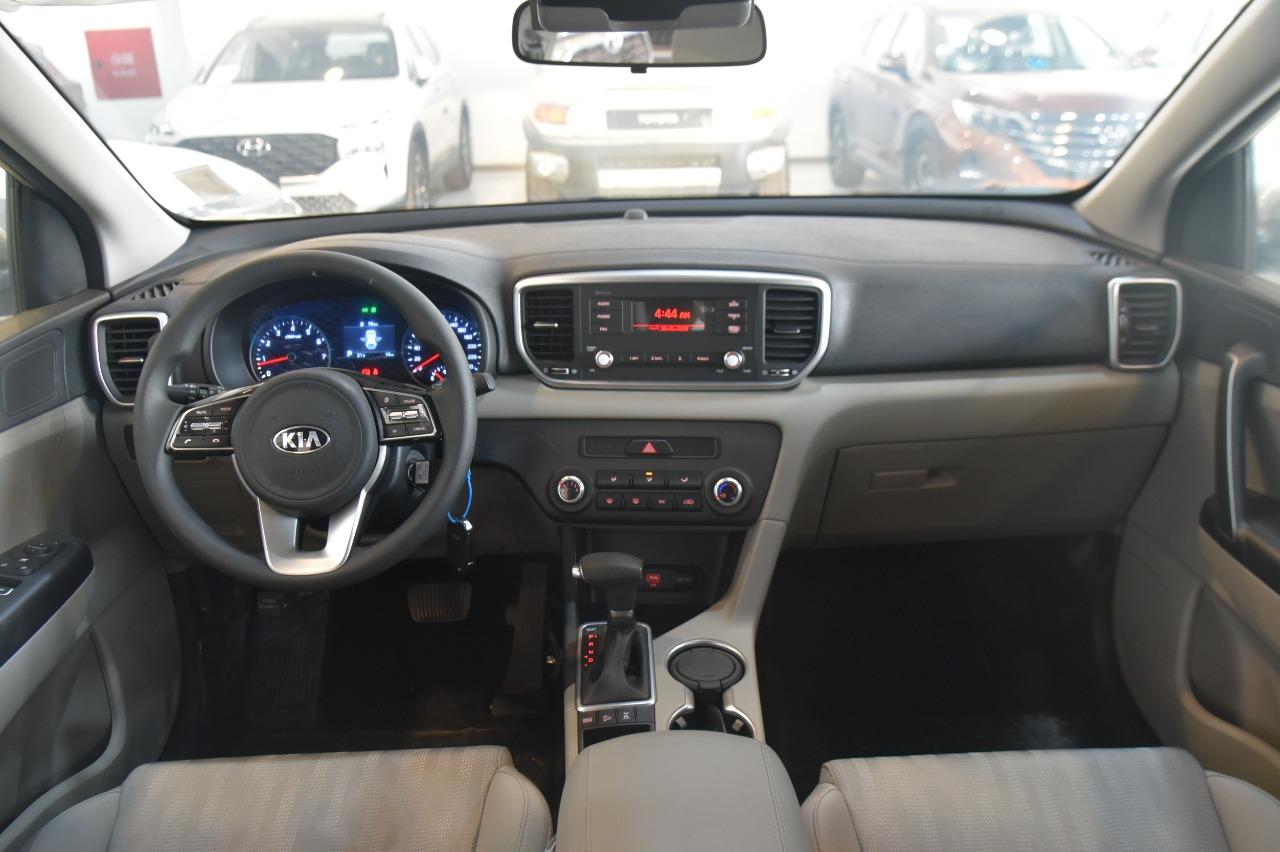 كيا سبورتاج 2020 دبل ( محرك 2.4 ) ستاندر سعودي جديد ( عرض خاص ) للبيع في الرياض - السعودية - صورة كبيرة - 10