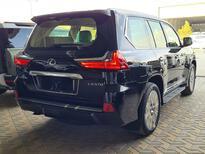 لكزس LX 570 2021 نص فل سعودي للبيع في الرياض - السعودية - صورة صغيرة - 3