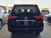 لكزس LX 570 2021 نص فل سعودي للبيع في الرياض - السعودية - صورة صغيرة - 5