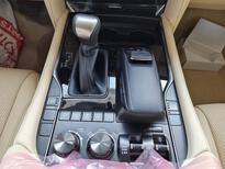 لكزس LX 570 2021 نص فل سعودي للبيع في الرياض - السعودية - صورة صغيرة - 18