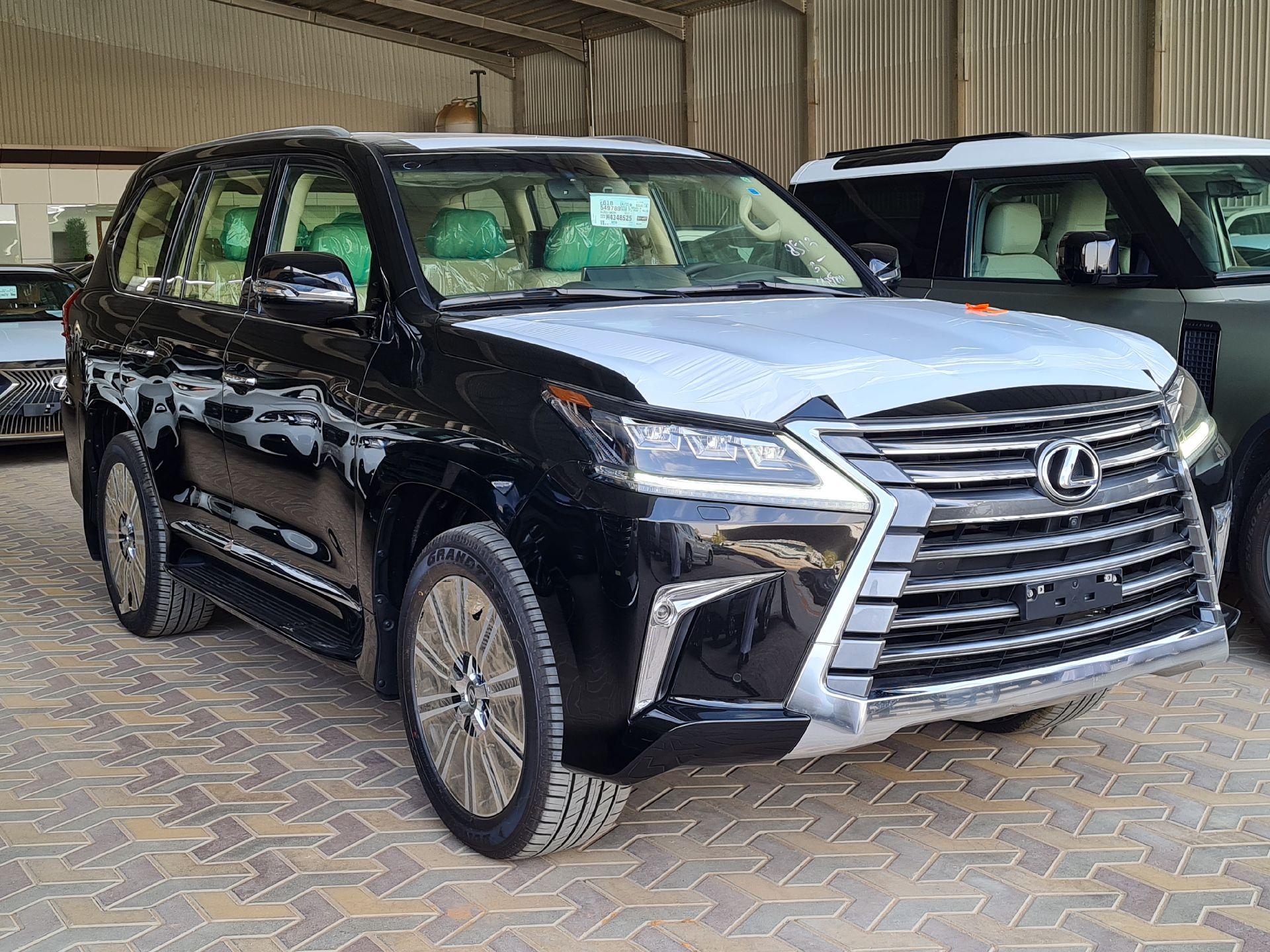 لكزس LX 570 2021 نص فل سعودي للبيع في الرياض - السعودية - صورة كبيرة - 7