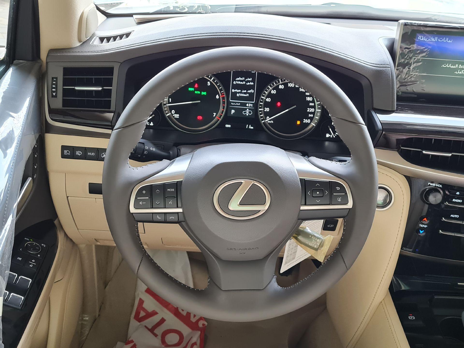 لكزس LX 570 2021 نص فل سعودي للبيع في الرياض - السعودية - صورة كبيرة - 16