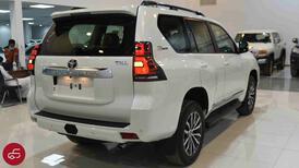 تويوتا برادو 2022 TXL   فتحة سقف  جلد 6 سلندر   بنزين سعودي جديد للبيع في الرياض - السعودية - صورة صغيرة - 4