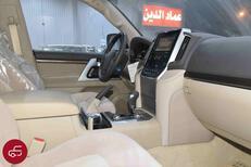 تويوتا لاندكروزر 2021 VXR   فتحة محرك 5.7 مخمل   كت خليجي جديد للبيع في الرياض - السعودية - صورة صغيرة - 7