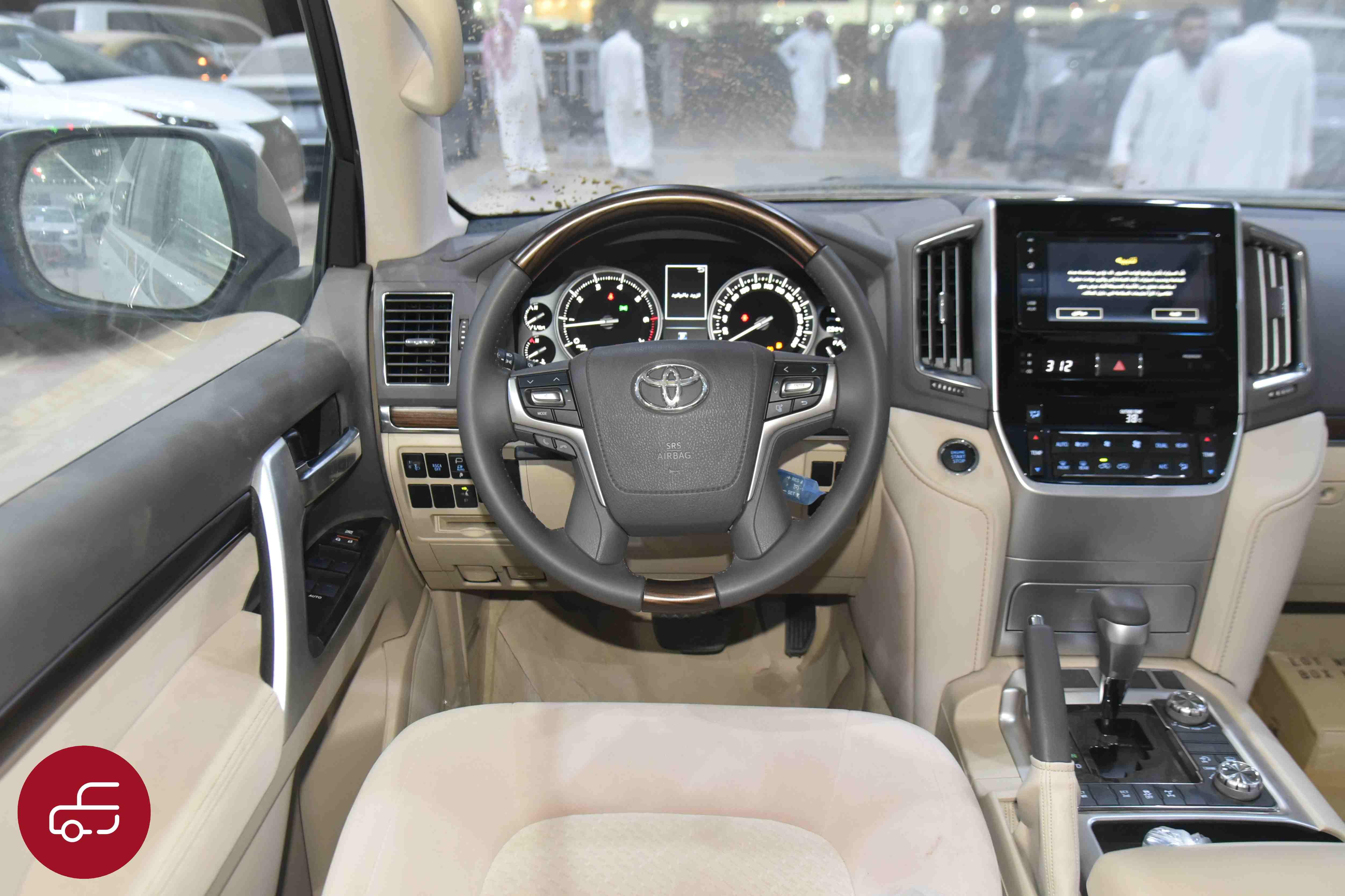 تويوتا لاندكروزر 2021 VXR   فتحة محرك 5.7 مخمل   كت خليجي جديد للبيع في الرياض - السعودية - صورة كبيرة - 9
