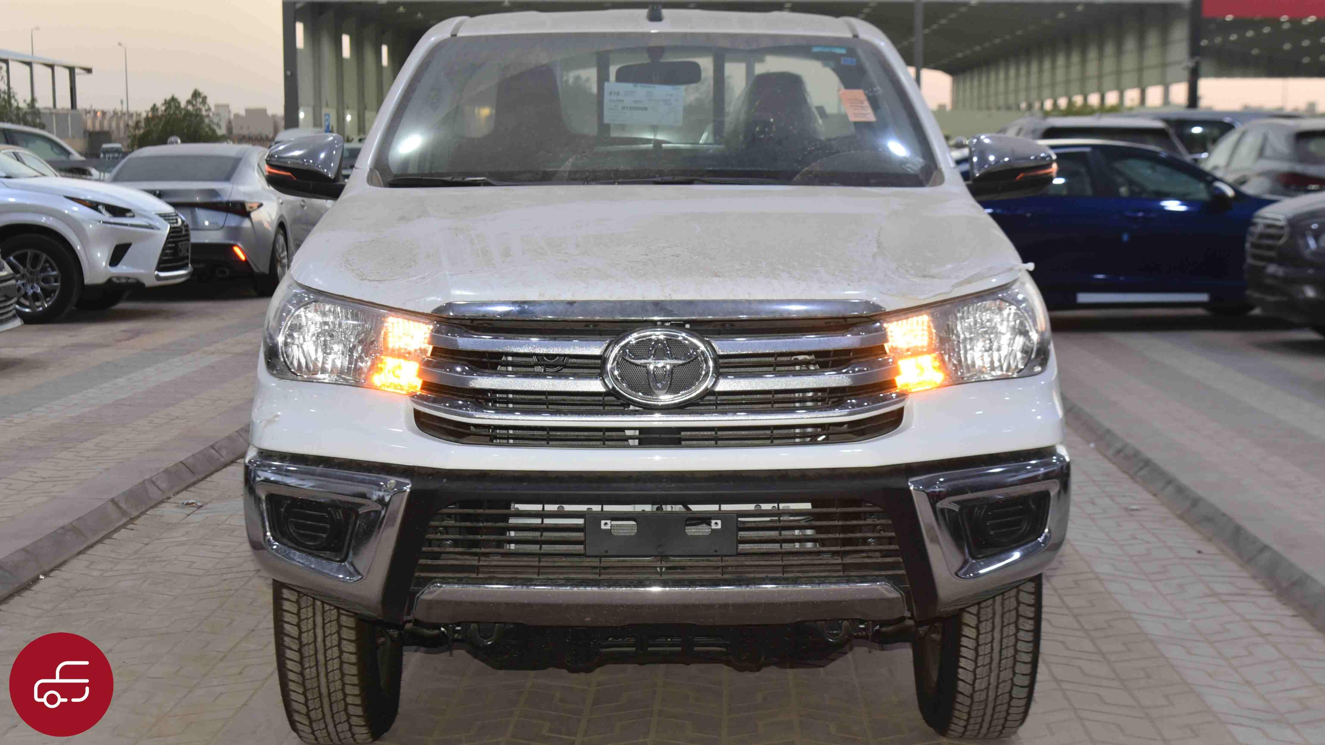تويوتا هايلكس  2021  غمارة   GLX دبل  بنزين سعودي جديد للبيع في الرياض - السعودية - صورة كبيرة - 2