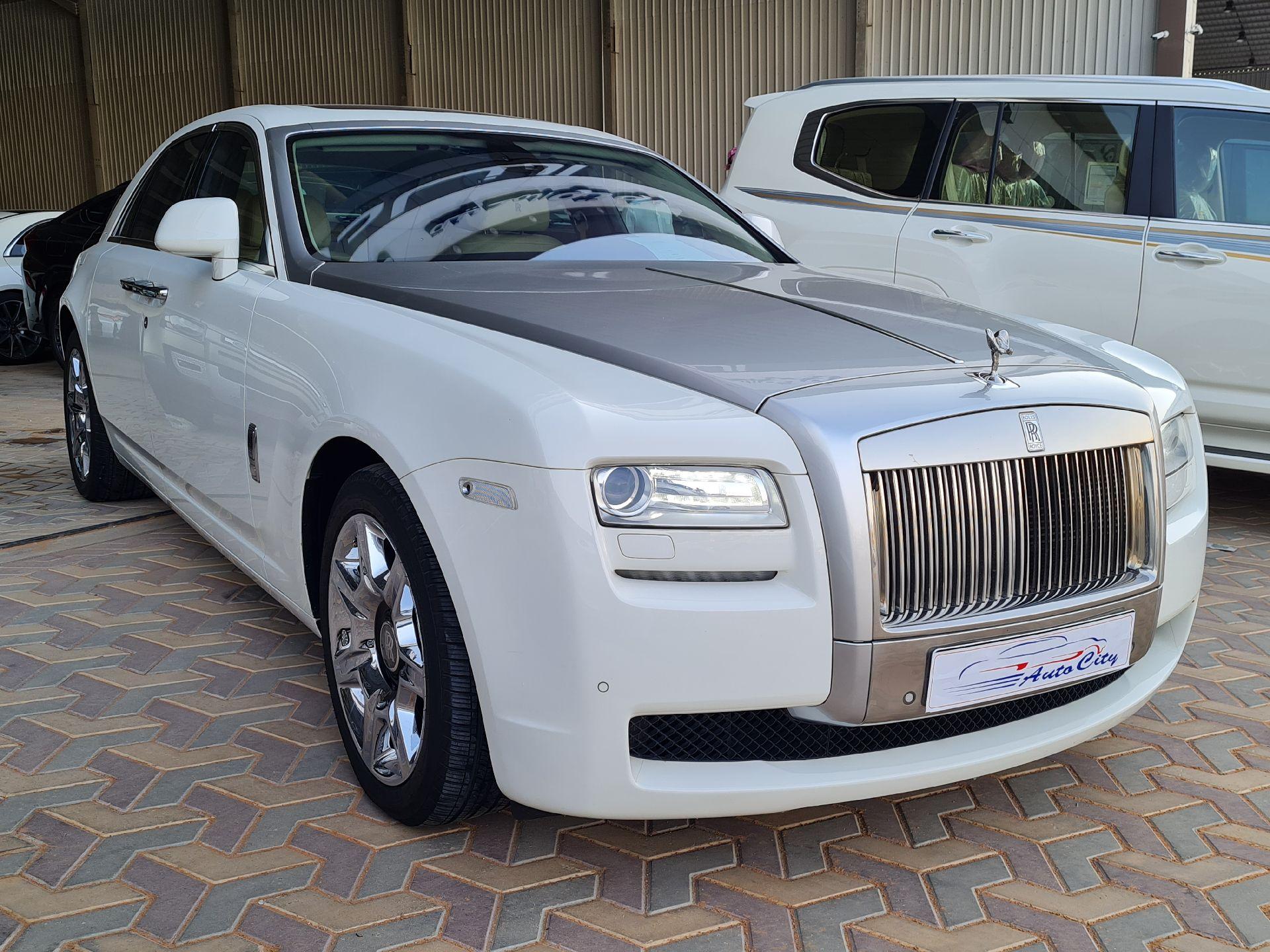 مباع - رولز رویس غوست 2013  سعودي للبيع في الرياض - السعودية - صورة كبيرة - 1