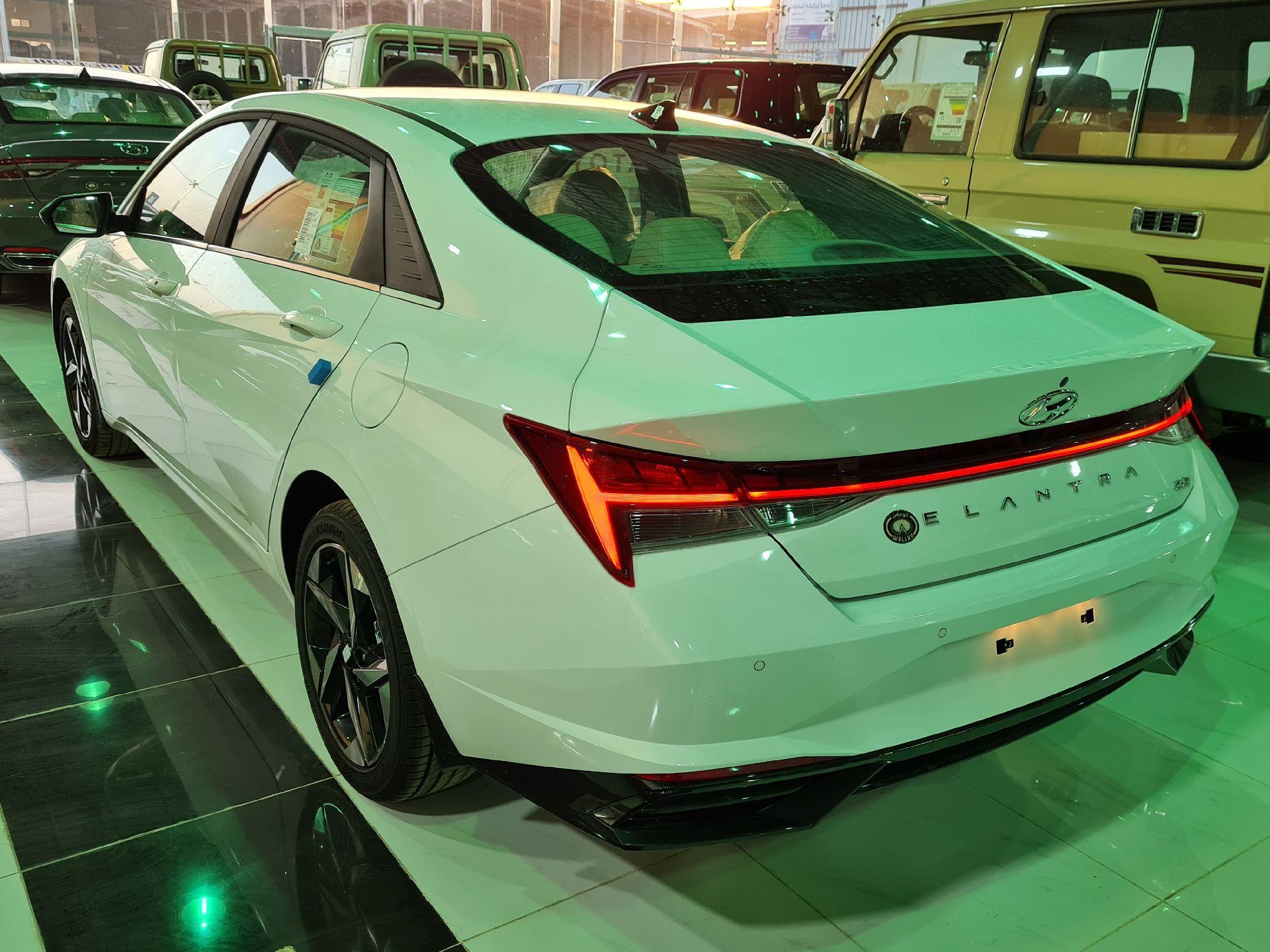 هونداي النترا MID 2022 نص فل سعودي للبيع في الرياض - السعودية - صورة كبيرة - 6