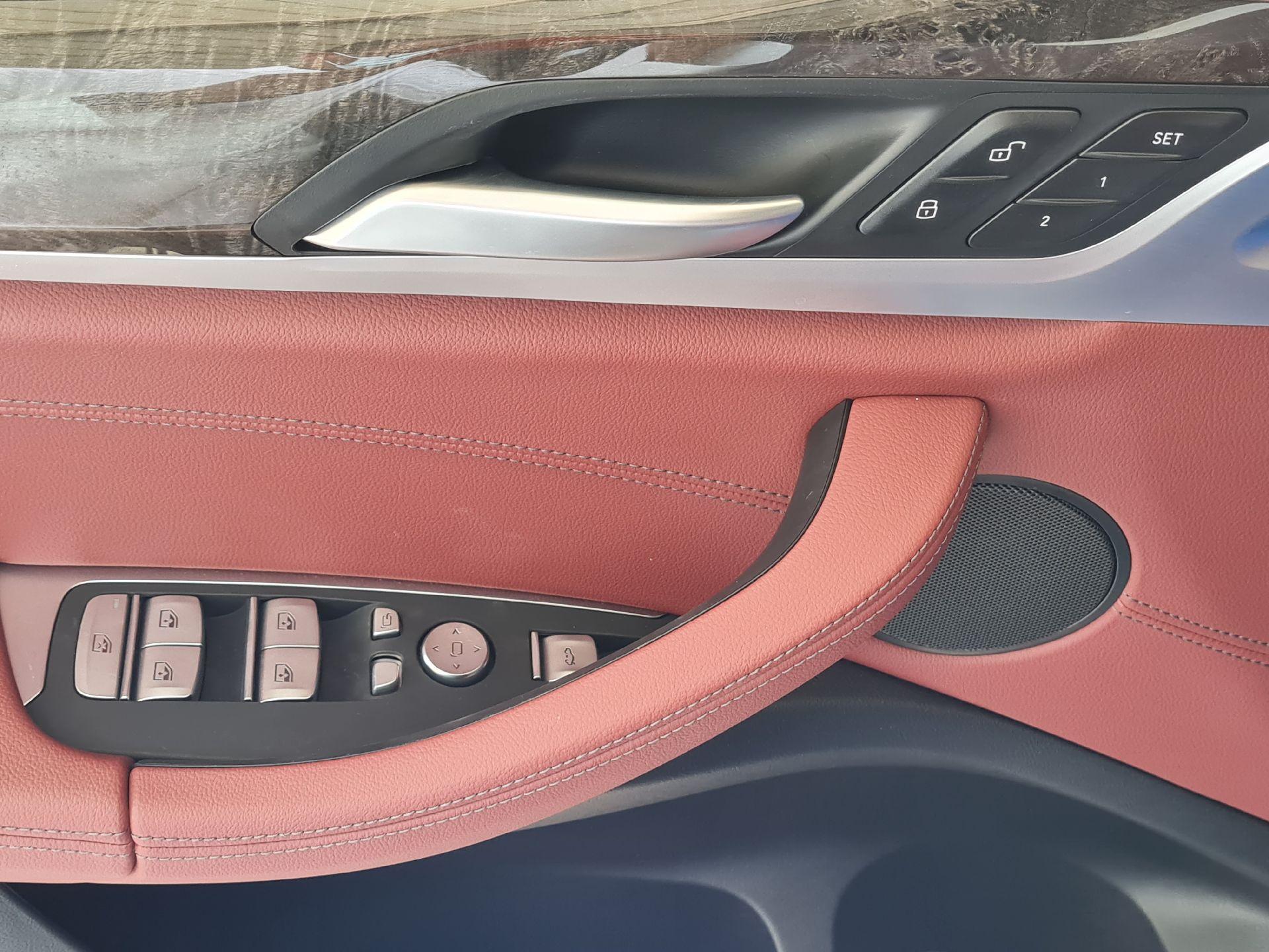 BMW الفئة X 4 xDrive 30i 2021 فل خليجي للبيع في الرياض - السعودية - صورة كبيرة - 17