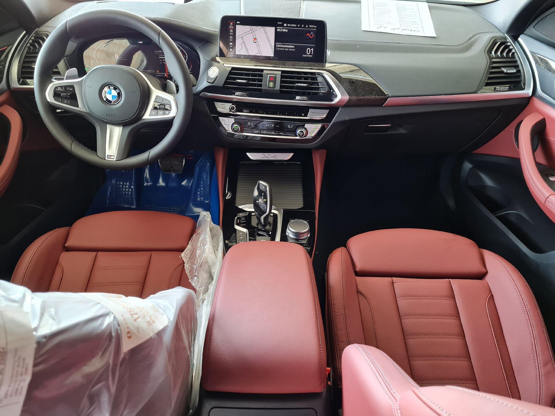 BMW الفئة X 4 xDrive 30i 2021 فل خليجي للبيع في الرياض - السعودية - صورة كبيرة - 12