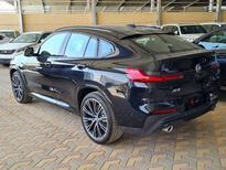 BMW الفئة X 4 xDrive 30i 2021 فل خليجي للبيع في الرياض - السعودية - صورة صغيرة - 3