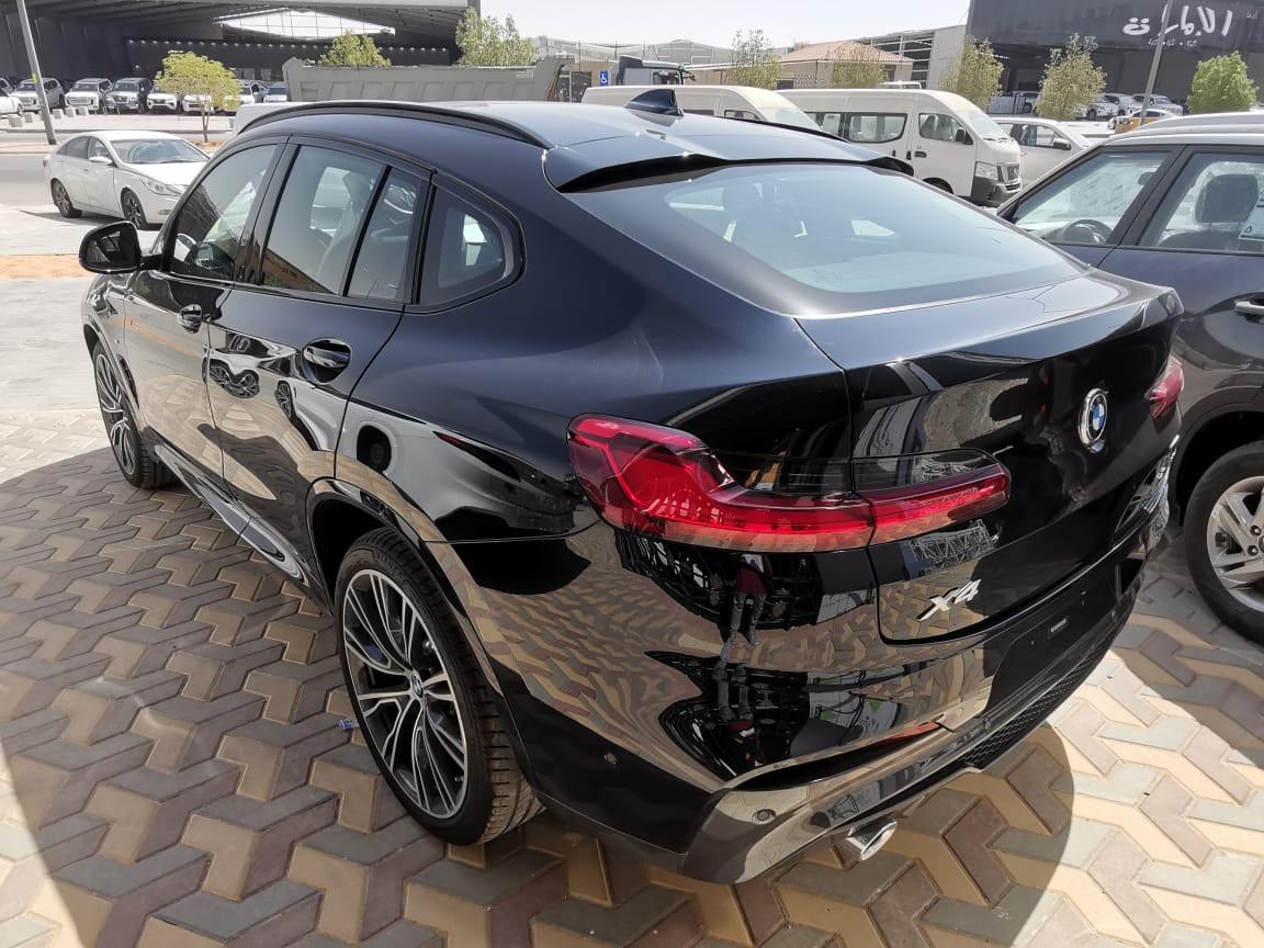 BMW الفئة X 4 xDrive 30i 2021 فل خليجي للبيع في الرياض - السعودية - صورة كبيرة - 3