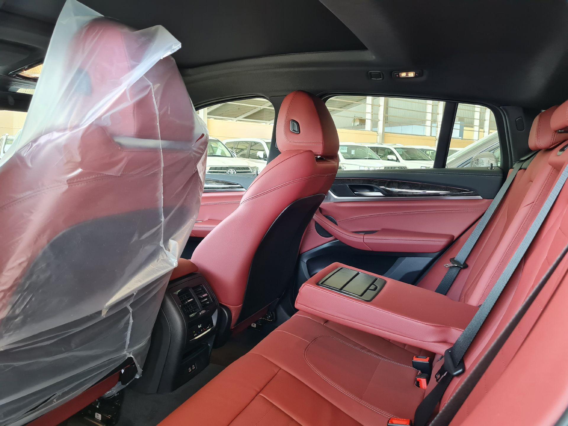 BMW الفئة X 4 xDrive 30i 2021 فل خليجي للبيع في الرياض - السعودية - صورة كبيرة - 6