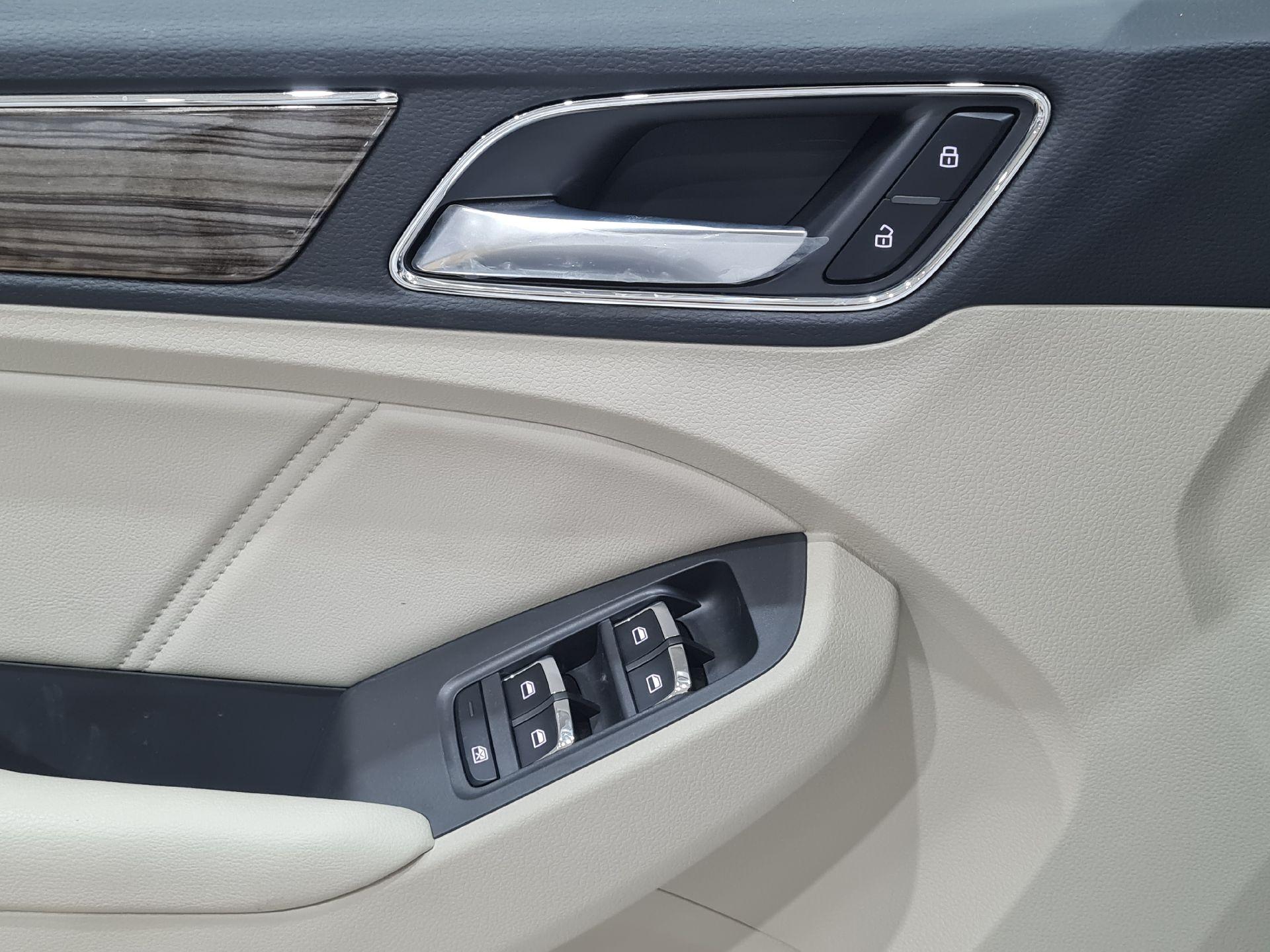 MG RX5 LUX 2020 فل سعودي للبيع في الرياض - السعودية - صورة كبيرة - 10
