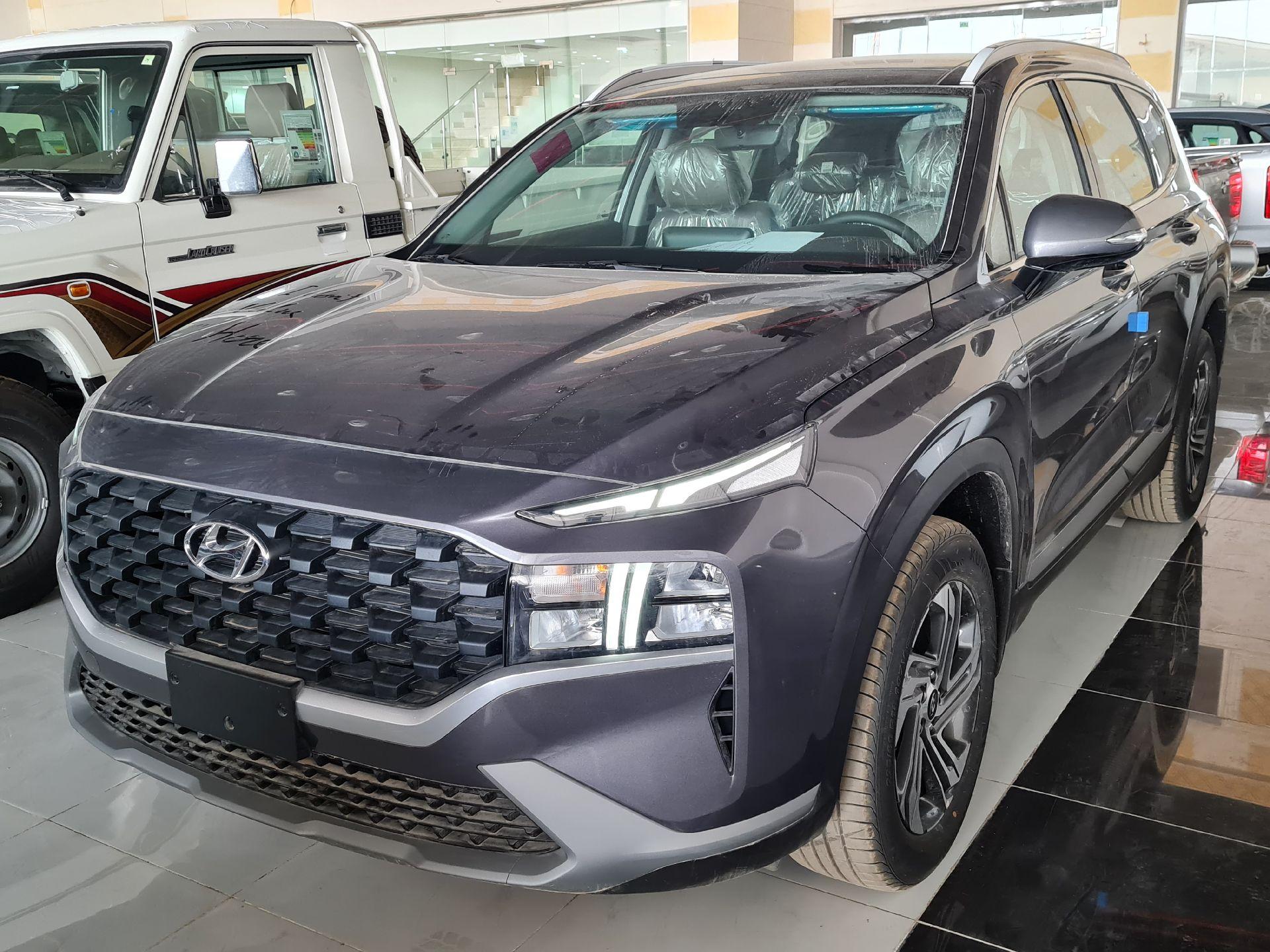 هونداي سنتافي Smart 2021 ستاندر سعودي للبيع في الرياض - السعودية - صورة كبيرة - 1