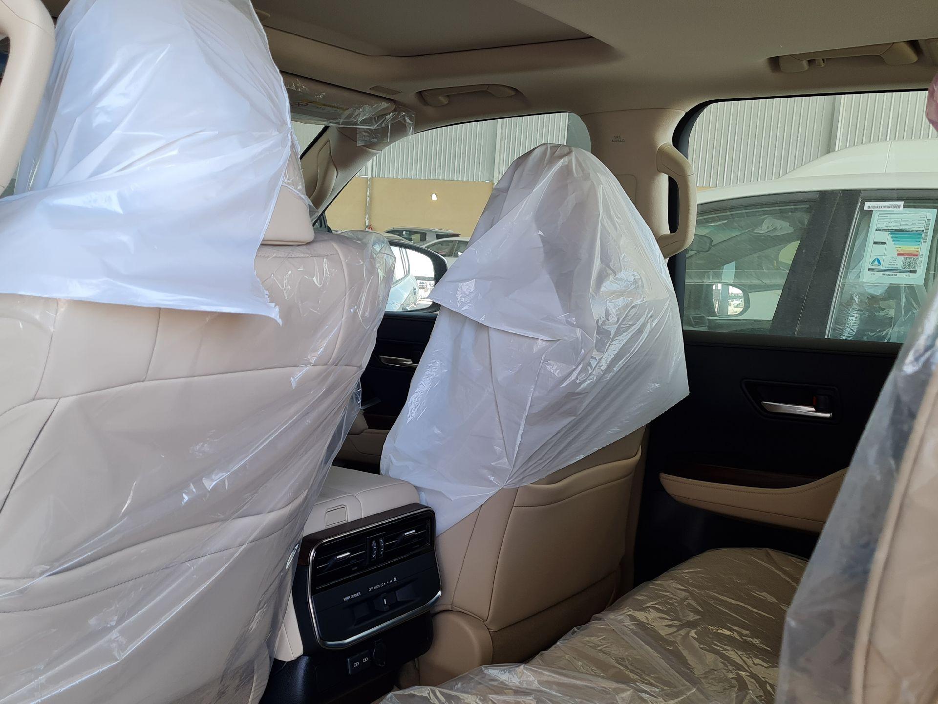 تويوتا لاندكروزر GXR-L4 2022 فل سعودي للبيع في الرياض - السعودية - صورة كبيرة - 11
