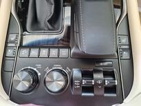 مباع - لكزس LX 570-S Sport 2021 فل سعودي للبيع في الرياض - السعودية - صورة صغيرة - 12